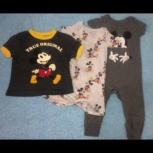 Mickey Mouse outfits